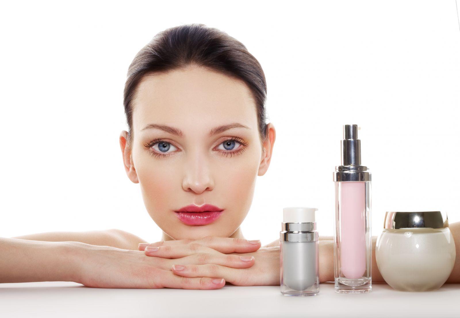Cách lựa chọn mỹ phẩm chăm sóc da mặt