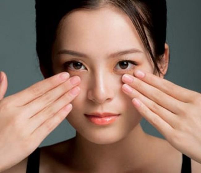 Bài tập massage mặt thon gọn mỗi sáng 3