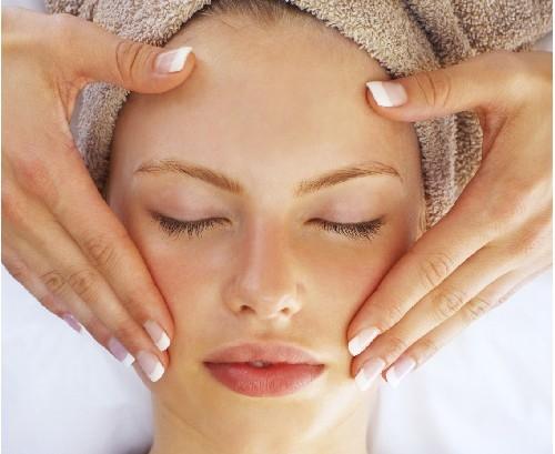 Theo bạn massage mặt có tốt không? 1
