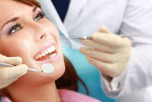 Cạo vôi răng có tác dụng gì? 3